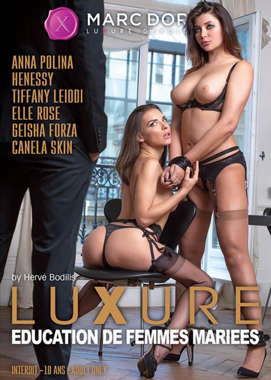 923237-luxure-education-de-femmes-mariees.jpg
